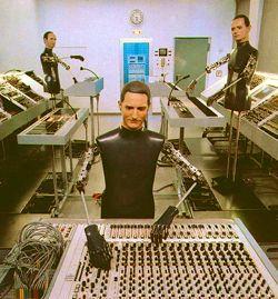 kraftwerk-in-the-studio