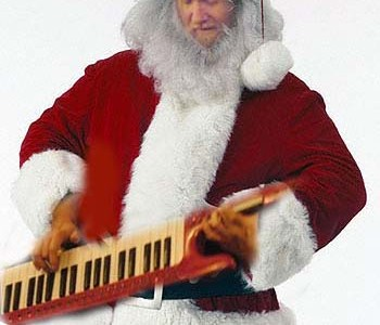 santa-plays-the-keytar