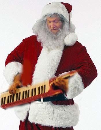 santa-plays-the-keytar