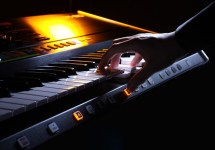 roland-jupiter-80-synthesizer-03