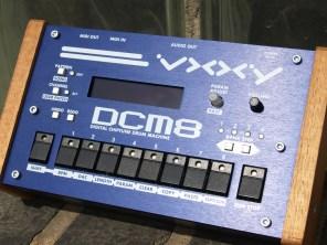 vxxy-dcm8-chip-music-drum-machine