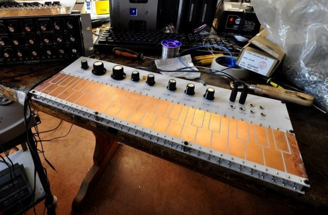 Macbeth Studio Systems Touch Capacitance Keyboard