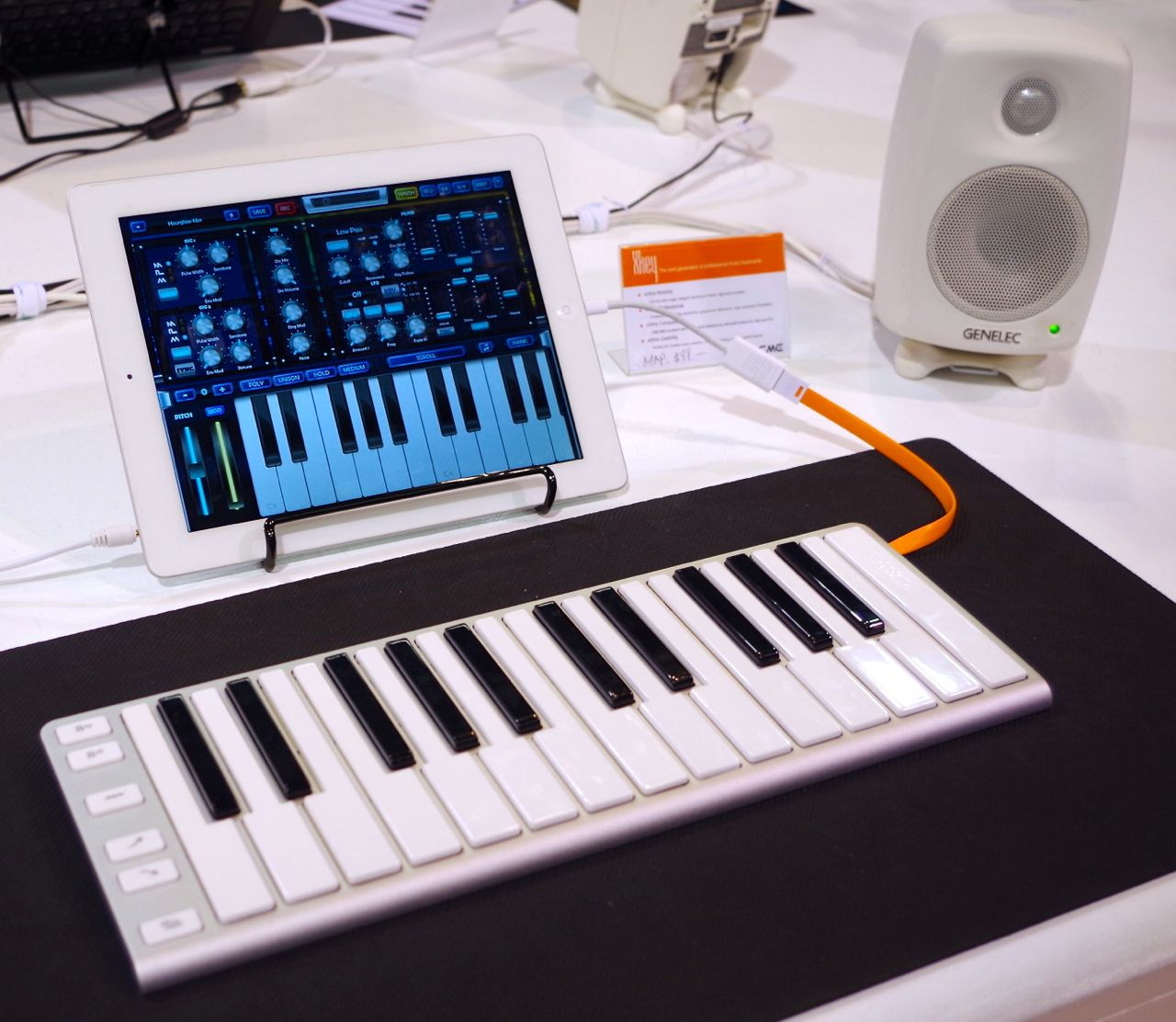 cme xkey puts polyphonic aftertouch in a 99 portable keyboard synthtopia. Black Bedroom Furniture Sets. Home Design Ideas