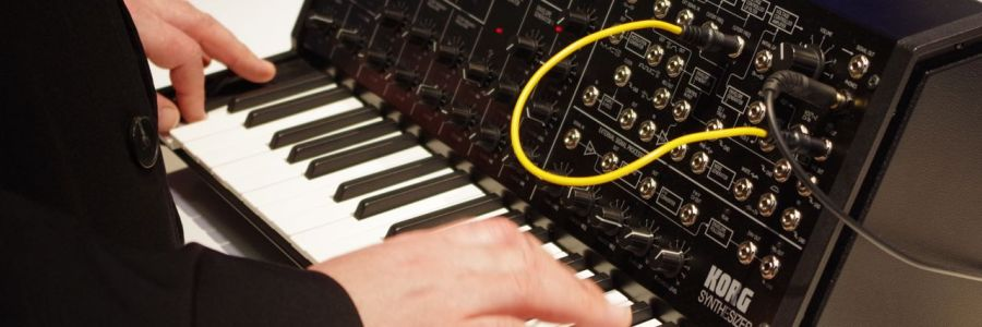 korg-ms-20-mini-suit-and-tie-guy
