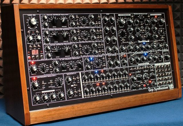 grp-synthesizer-a4-angle