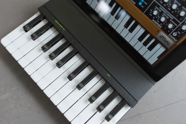 miselu-c24-ipad-keyboard