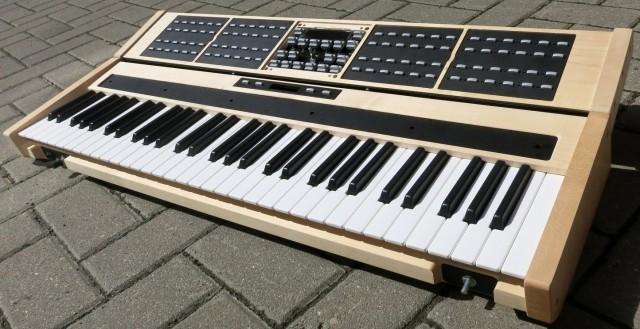 emphase-synthesizer