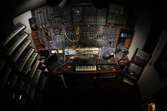 Modular Synthesizer Nl : you know it s a monster synth when you have to use the fisheye lens synthtopia ~ Russianpoet.info Haus und Dekorationen