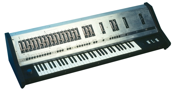 behringer-ub-1-synthesizer