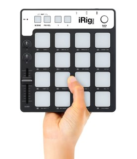 irig-pads-with-hand