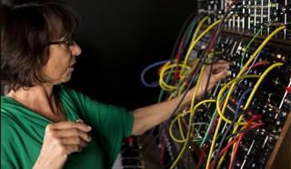 suzanne-ciani-moog-modular-synthesizer