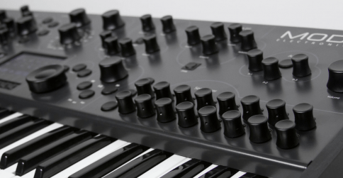 Modal Electronics' Intros 008 8-voice Analog Monster Synth