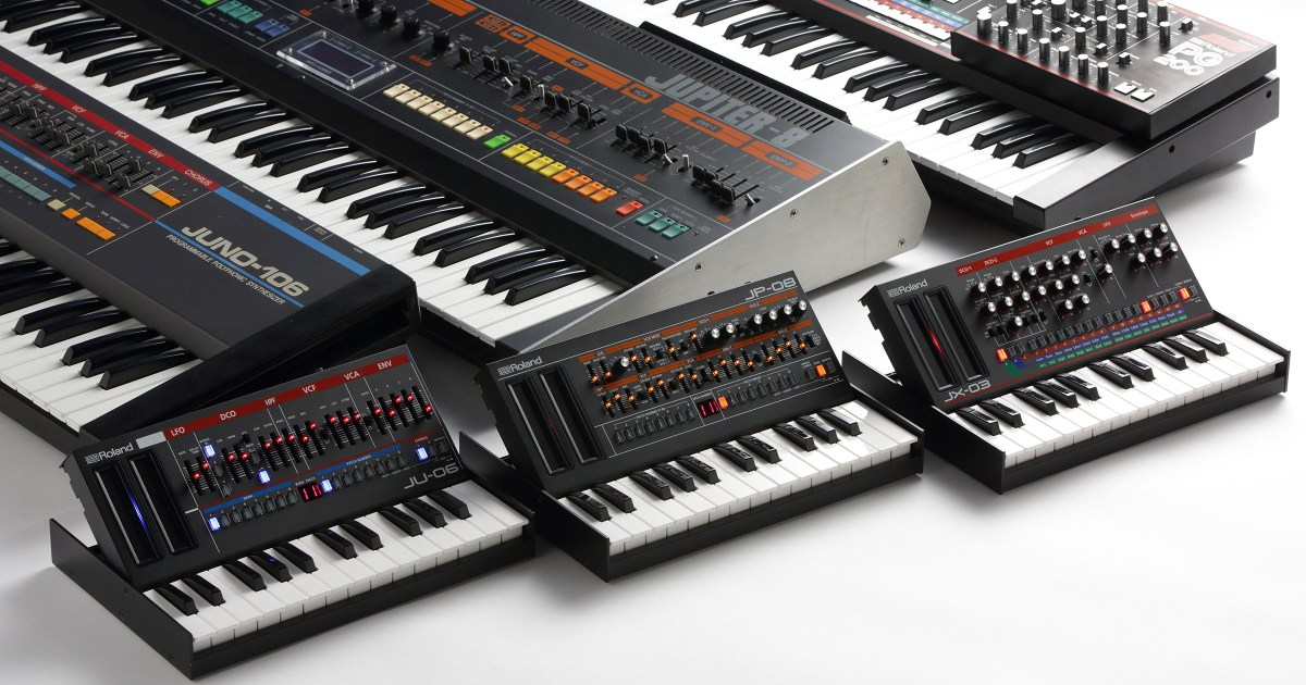 the new roland boutique synthesizers are really tiny synthtopia. Black Bedroom Furniture Sets. Home Design Ideas