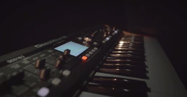 behringer-deepmind-12-analog-synthesizer