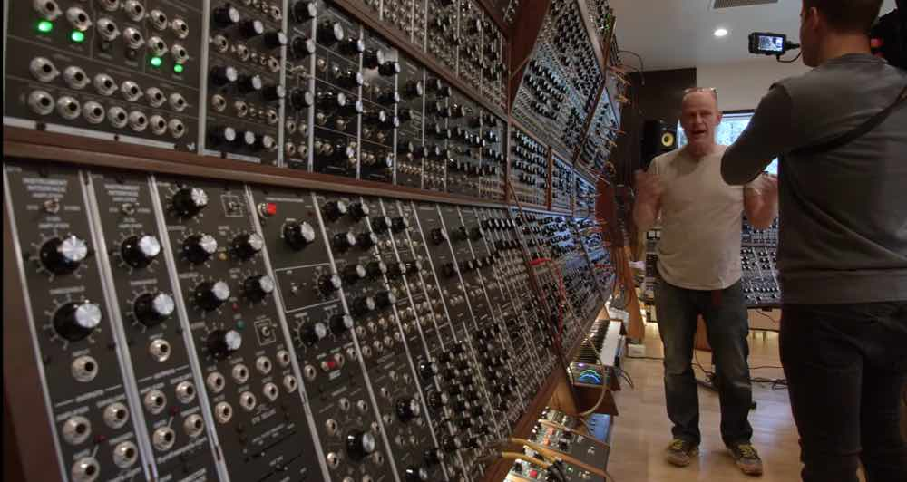 junkie xl explains his large format monster synthesizer wall synthtopia. Black Bedroom Furniture Sets. Home Design Ideas