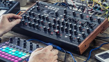 DIY Wavetable Synthesizer Offers Tangible Waveshape Control – Synthtopia
