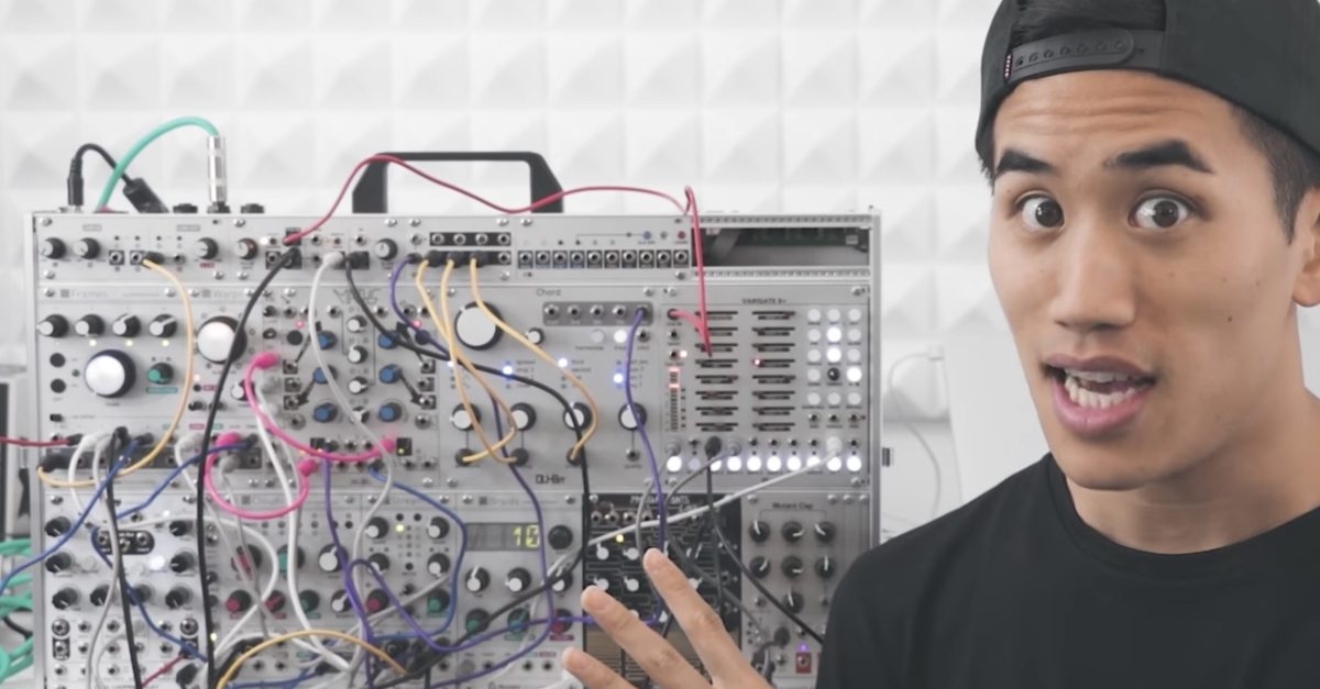 an introduction to modular synthesizers with andrew huang synthtopia. Black Bedroom Furniture Sets. Home Design Ideas