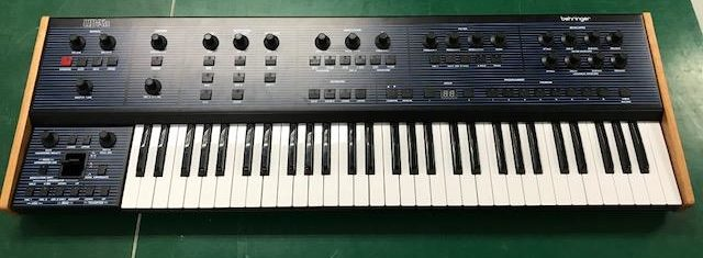 Behringer UB-Xa Synthesizer First Look