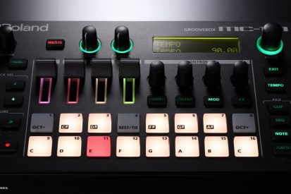 Roland-MC101-pads-closeup