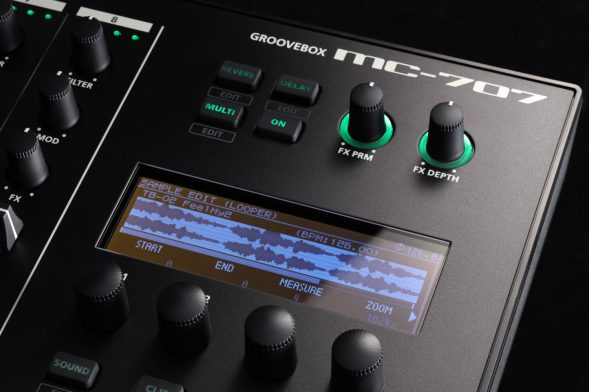 Roland-MC707-display-closeup