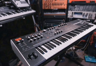 asm-hydrasynth-deluxe-synthesizer