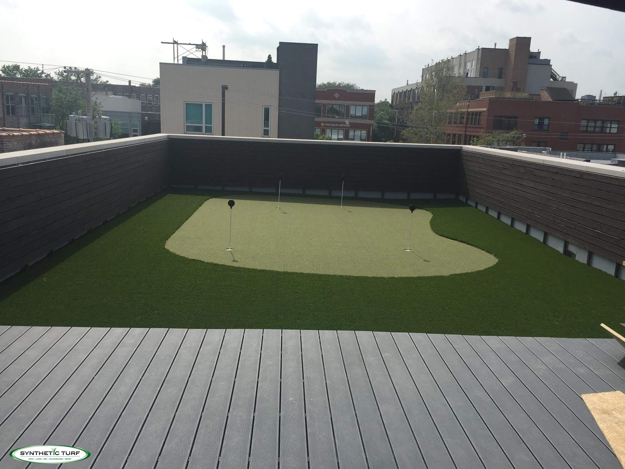 Artificial Rooftop Putting Greens