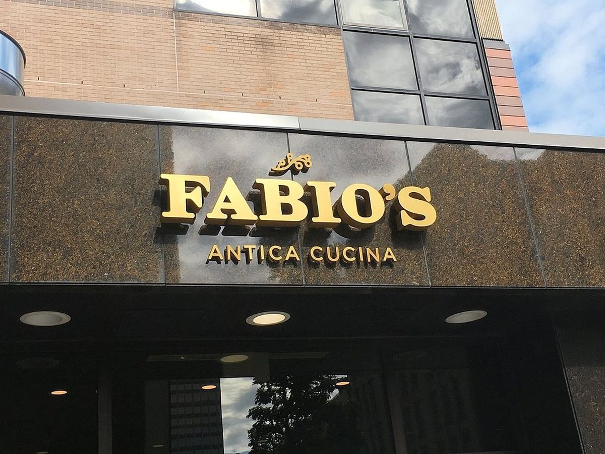 On the hunt for CNYs best pizza 2017 Fabios Antica Cucina  syracusecom