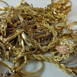 We Buy and sell jewelry gold, silver, diamonds, watches, antiques