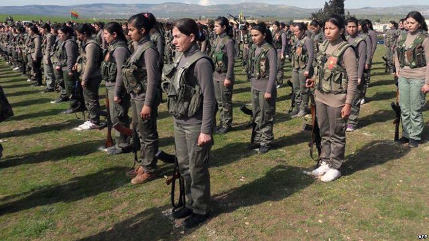 هافالات وخنساوات ورفيقات في ثلاثة أزمنة سورية متقاطعة