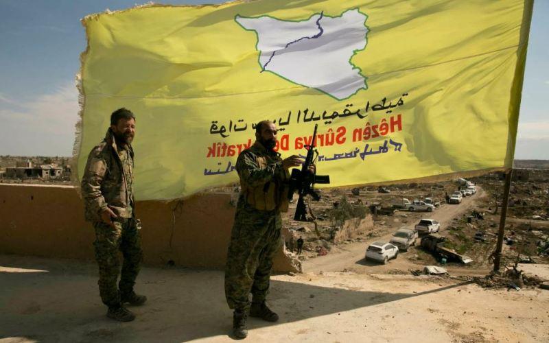 Des combattants FDS soutenus par les États-Unis à Baghouz, le 23 mars 2019 (image Maya Alleruzzo/AP)