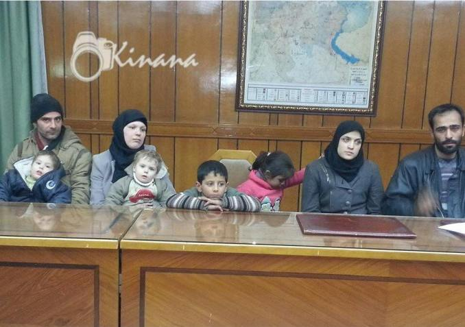 one of two families escaped from takfiri during humanitarian pause