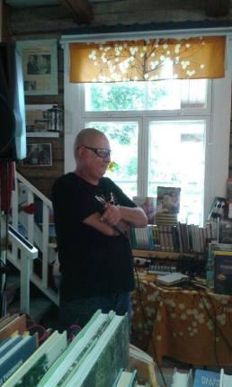 Kirjakaupalla Kimmo