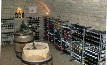"""Résultat de recherche d'images pour """"cave à vin sous sol"""""""