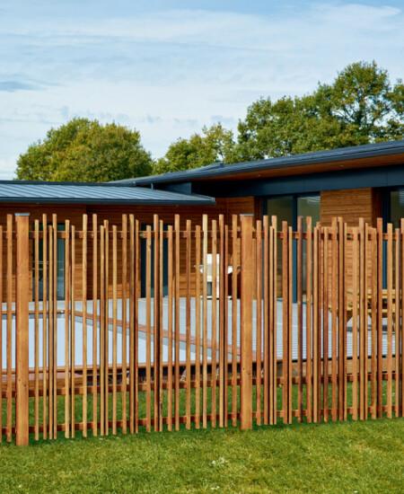 fabriquer et installer un portail en bois