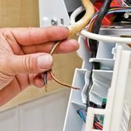 Chauffage Comment Remplacer Un Thermostat Mecanique Par Un Thermostat Programmable