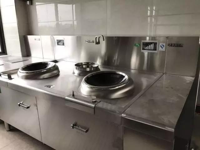 kitchen aid stove 18 inch deep cabinets 厨具设备资讯 深圳厨具 食堂厨房工程 餐饮厨具工程 深圳市 惠州酸菜鱼主题餐饮厨房设备工程的设计与厨房施工注意点