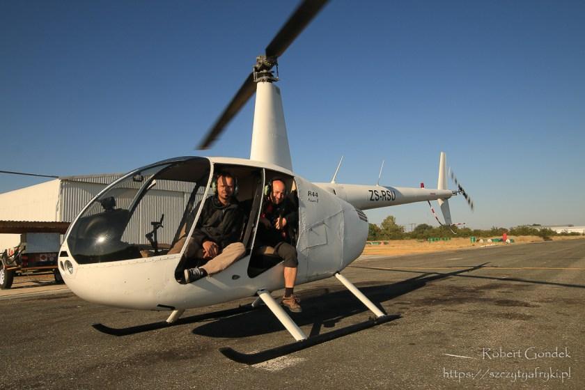Lot helikopterem nad Deltą Okawango