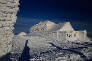 Dom Śląski zimą