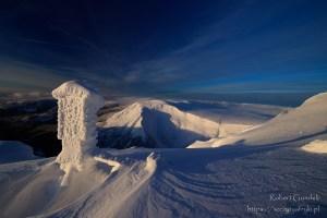 Zimowy widok ze Śnieżki