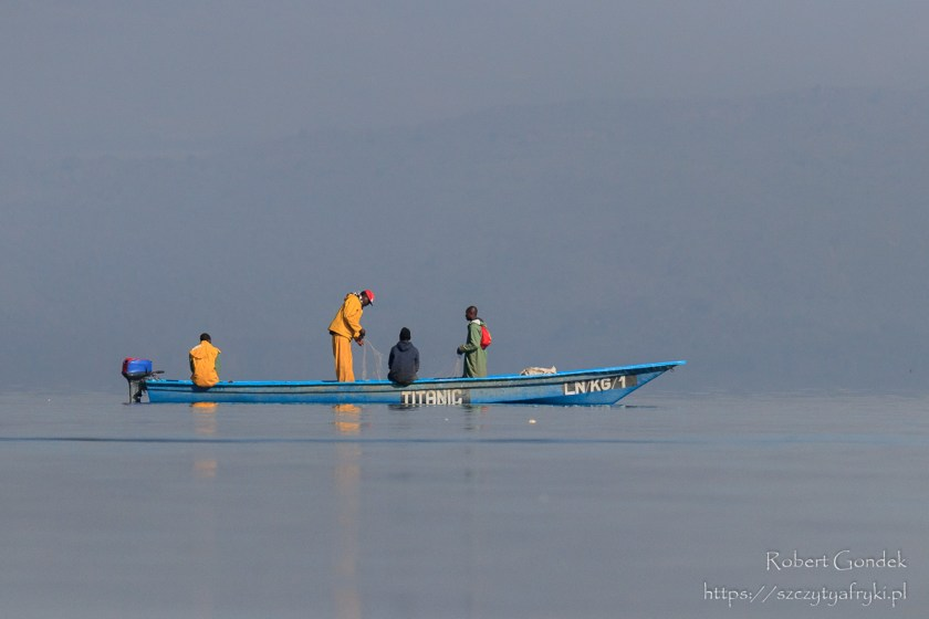 Kenijscy rybacy nad jeziorem Naivasha