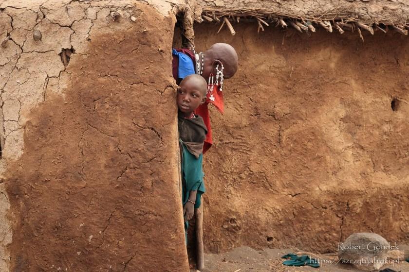 W masajskiej wiosce w Tanzanii