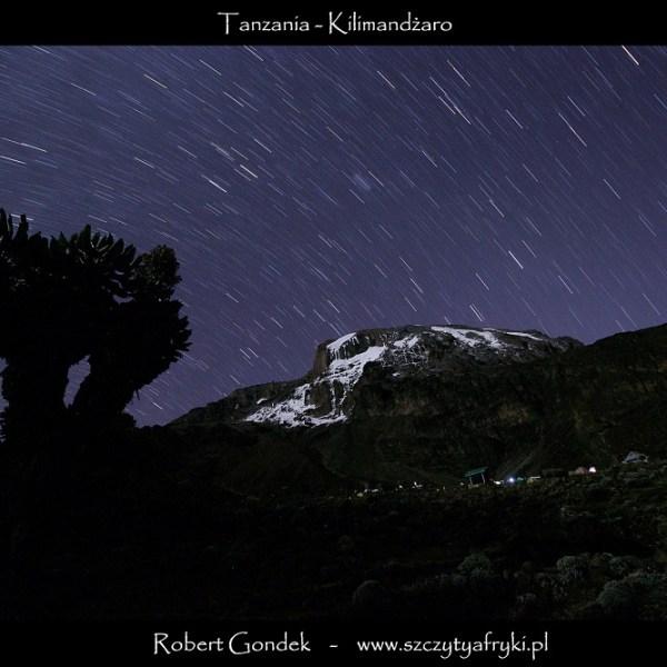 Nocne zdjęcie Kilimandżaro