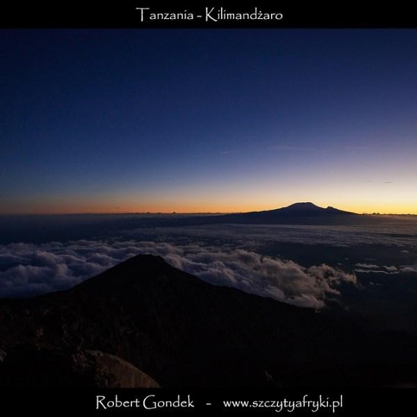 Wschód słońca nad Kilimandżaro