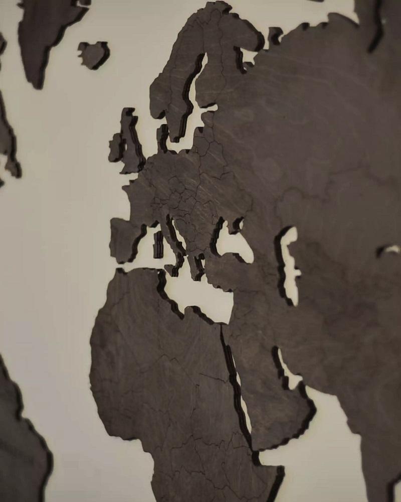 Drewniana mapa świata na ścianę z granicami - palisander