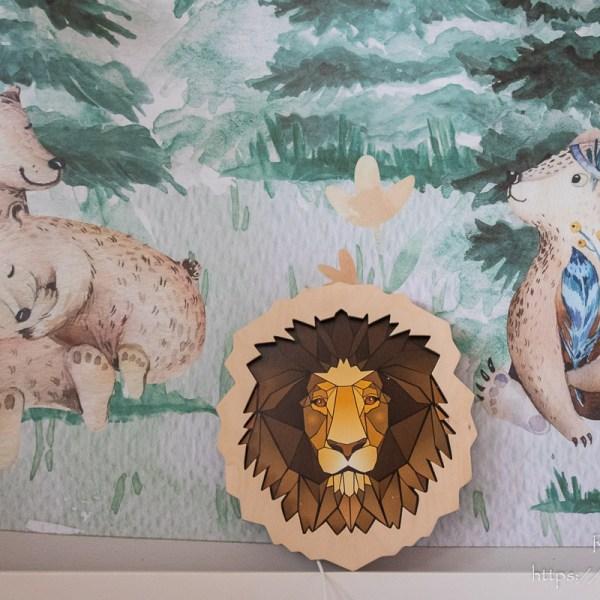 Drewniana lampka głowa lwa - dekoracja do mieszkania