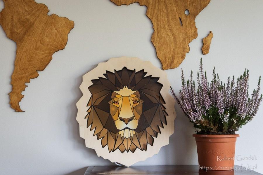 Drewniana lampka głowa lwa - dekoracja