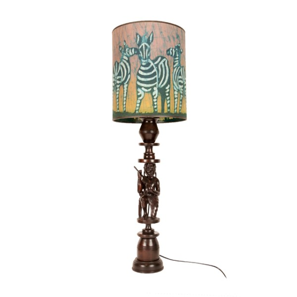 Lampa z Tanzanii z motywem zebry i Masaja