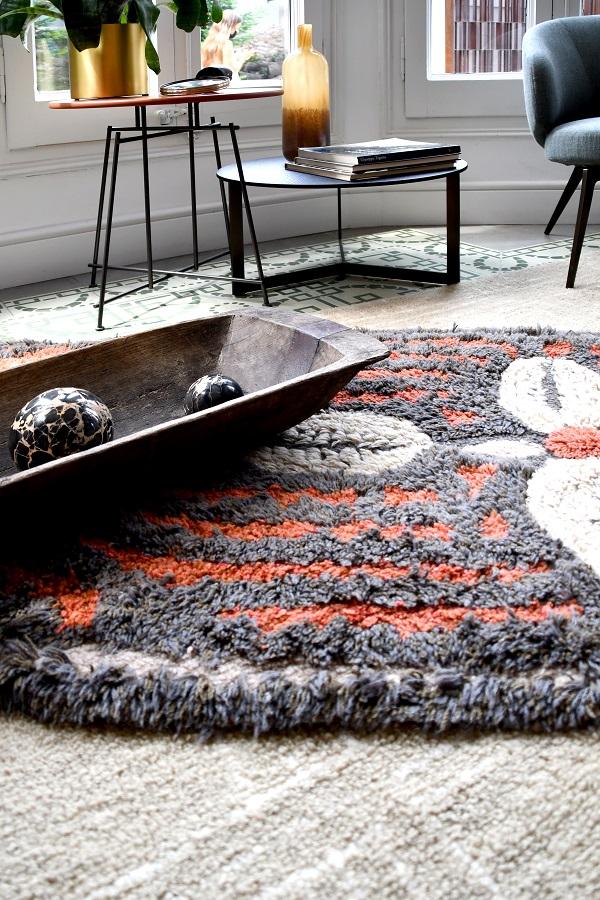Wełniany dywan Cowrie Bracelet - afrykańska kolekcja - afrykańskie dekoracje
