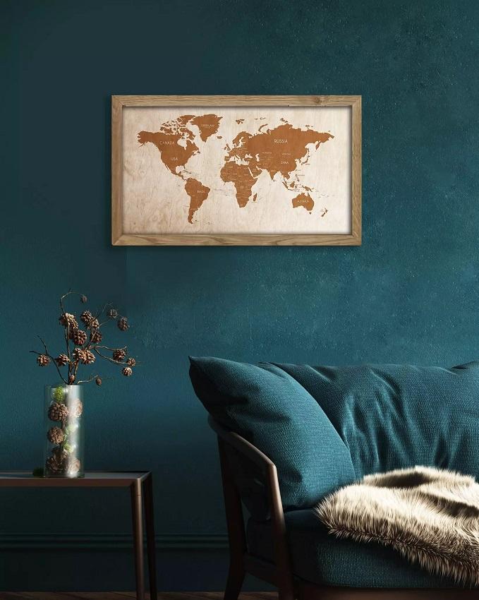 Drewniana mapa świata w dębowej ramie - dekoracja na ścianę Sikorka Net