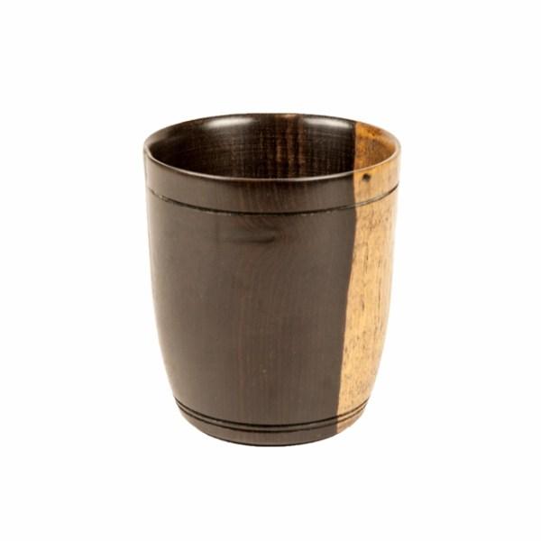 Dwukolorowy kubek drewniany z Afryki